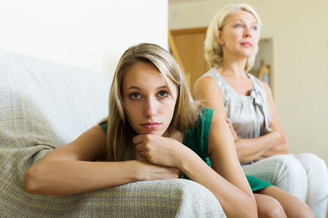 Мама учит дочку онлайн смотреть