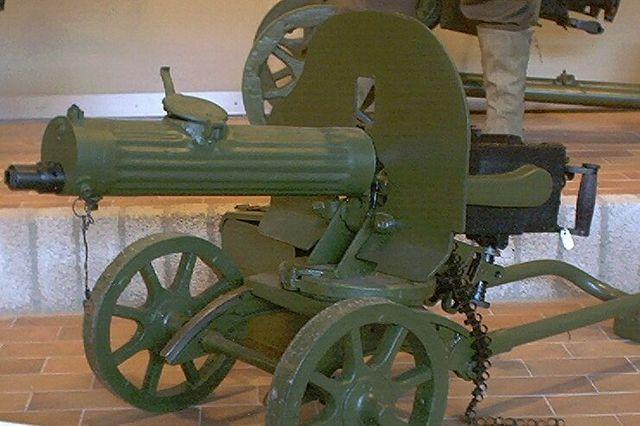 Пулемёт Максима образца 1910/30 года.