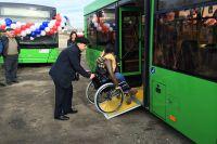 Новые автобусы удобны для проезда инвалидам.