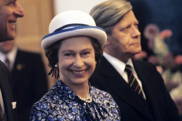В 2012 году в честь 60-летнего юбилея правления королевы Елизаветы II знаменитая часовая башня Биг Бен у здания парламента Великобритании в Лондоне официально была переименована в «Башню Елизаветы».