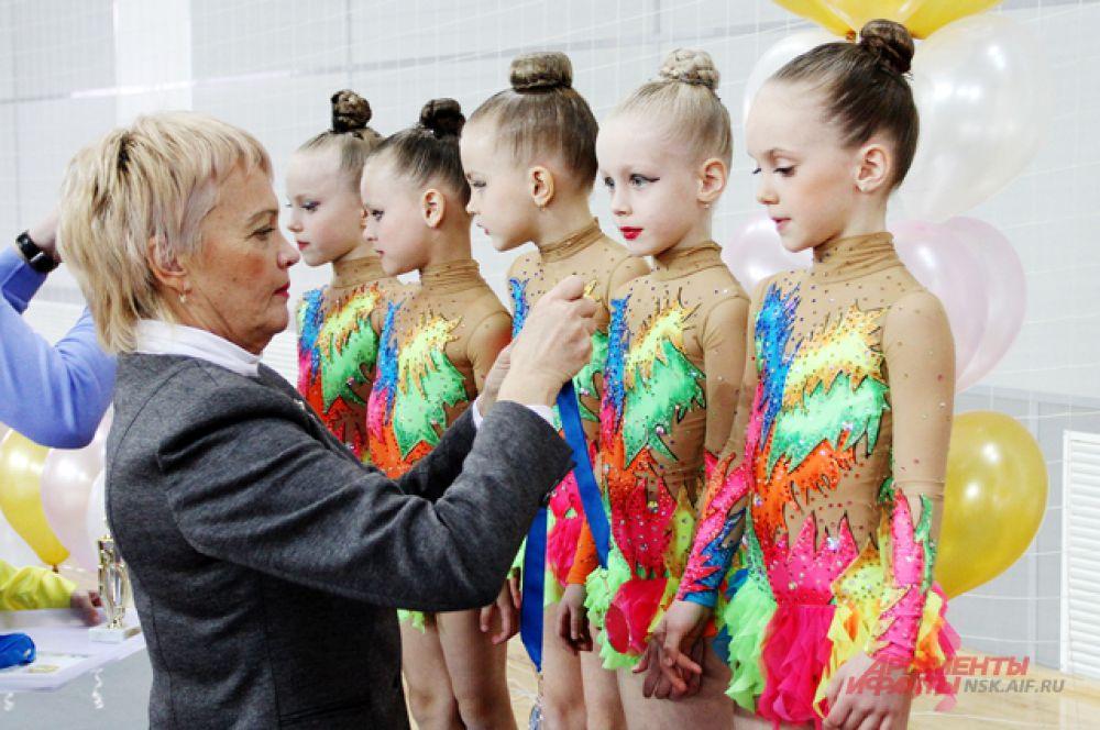 Победители определялись по наибольшей сумме баллов во всех возрастных группах