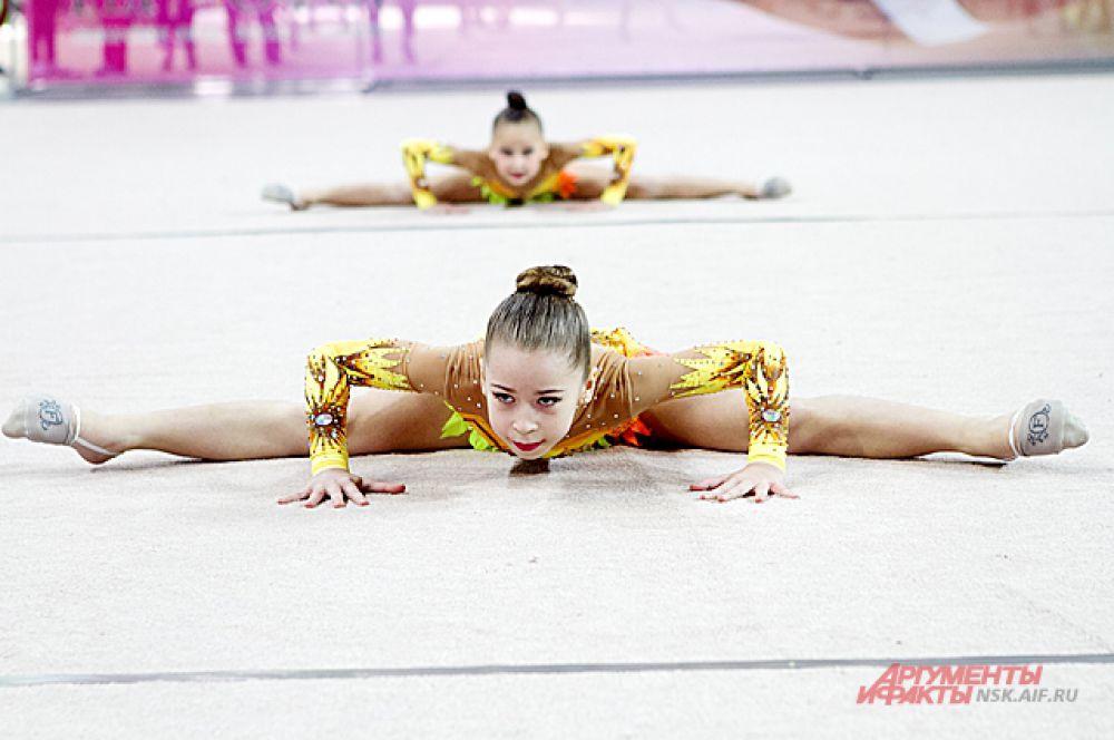 Участие в соревнованиях приняли спортсменки в возрасте от 6 до 15 лет