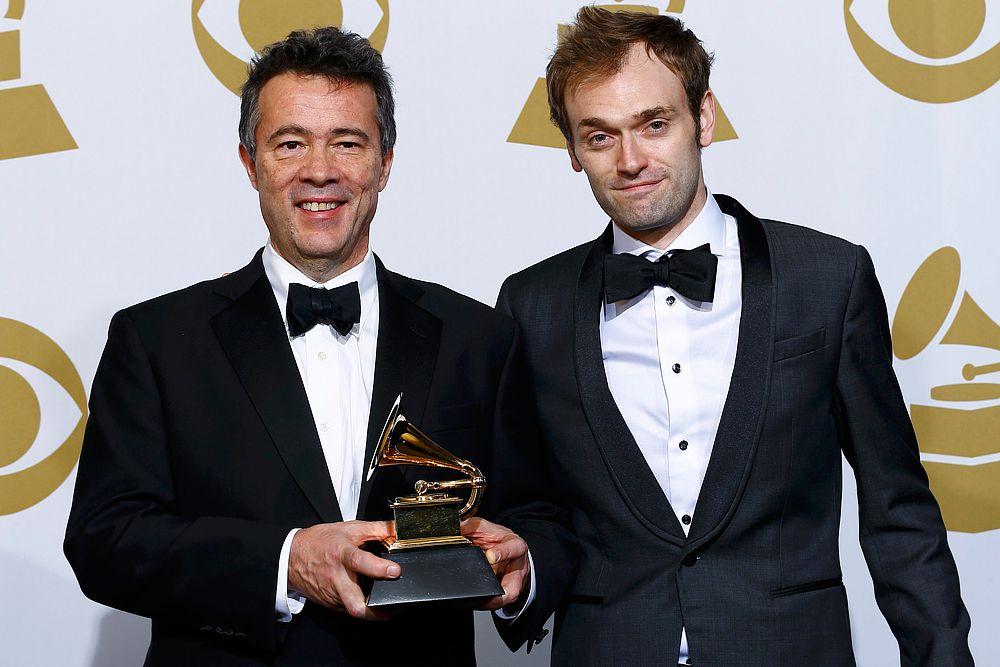 Эдгар Уайт и Крис Тиле получил награду в номинации «Лучший современный инструментальный альбом».