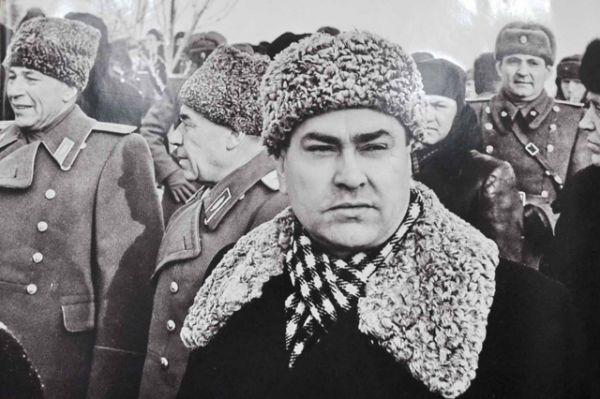 Летчик Алексей Маресьев, 1963 год.