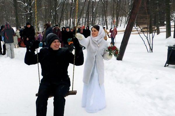 Для этой пары зима - самое счастливое время года.