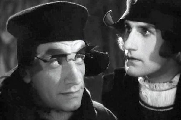 Во время войны Зельдин часто ездил на фронт, выступая в концертных бригадах. В 1941-1943 годах Зельдин служил в Русском драматическом театре в Алма-Ате. В 1943 году актер вернулся в Москву, где продолжил работу в Театре транспорта.