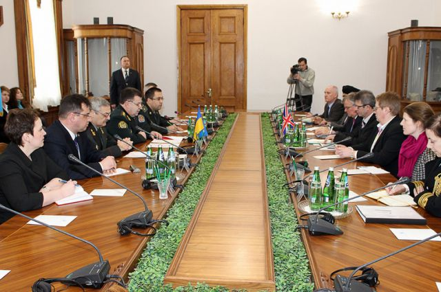 На встрече с делегацией Британии в Минобороны Украины