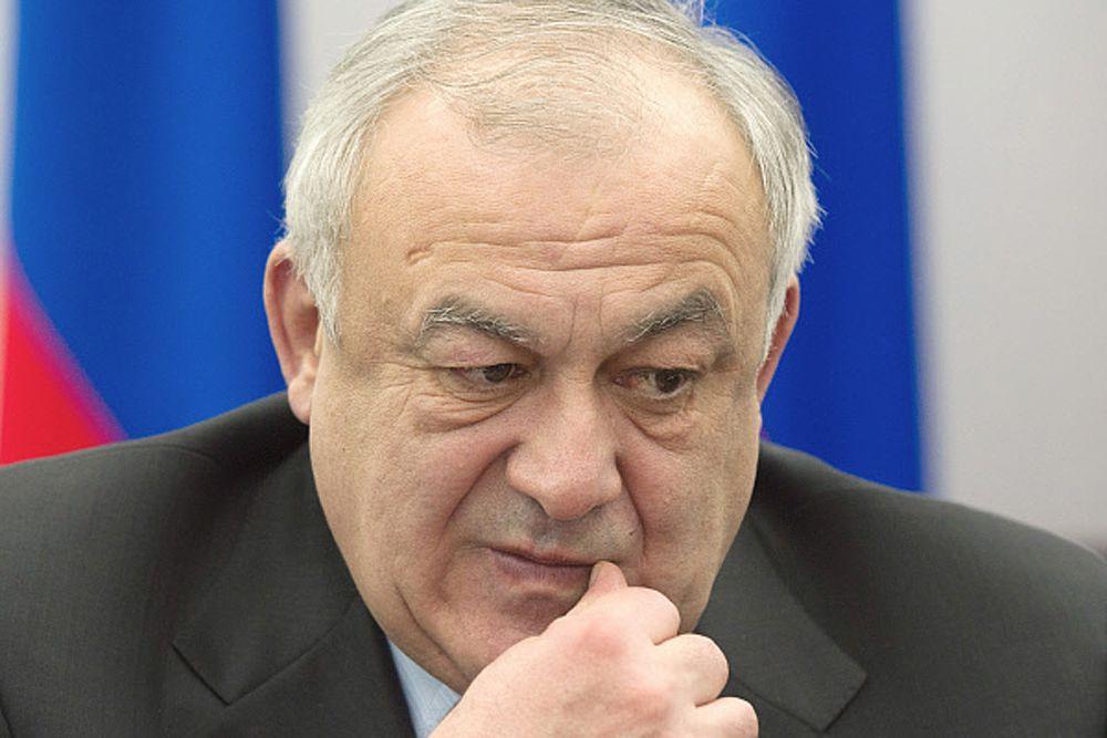 В пятерку «аутсайдеров», набравших наименьшее количество баллов (менее 50), вошел глава Северной Осетии Таймураз Мамсуров.