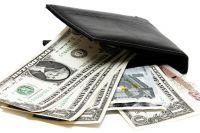 Украденные доллары подросток обменял на рубли.