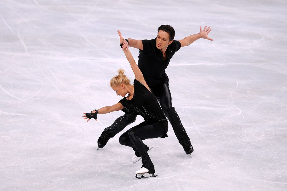 На чемпионате мира в 2011 году в Москве пара Волосожар-Траньков сразу взяла высокий старт и поднялась на пьедестал победителей, заняв второе место.