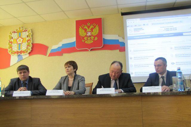 Жителям Любинского района рассказали о госуслугах