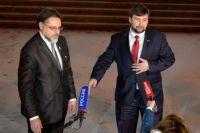 Представители Луганской и Донецкой народных республик Владислав Дейнег и Денис Пушилин