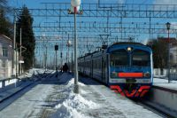 За 10 лет проезд в электричке вырос в три раза - с 13 до 36 рублей.