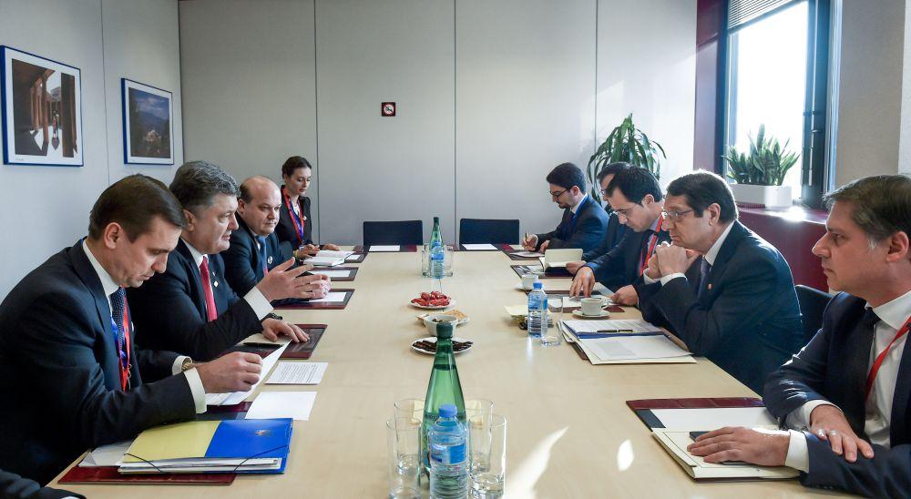 Петр Порошенко и Никос Анастасиадис на встрече