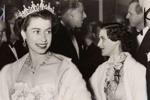 Королева Великобритании Елизавета II в 1960-х годах.