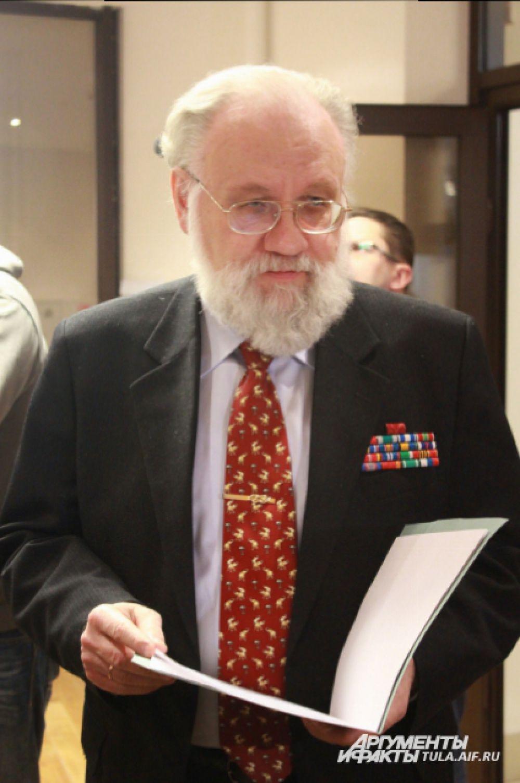 Владимир Чуров привёз в Тулу документы, связанные с семьей Черемисиновых