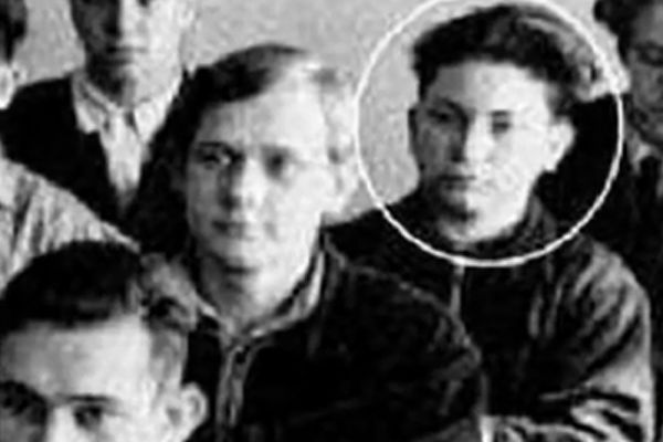 Бывший мэр Москвы Юрий Лужков в 1950-х.
