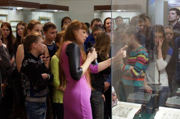 Открытие выставки состоялось 12 февраля. Экскурсию провела научный сотрудник Военно-исторического музея артиллерии, инженерных войск и войск связи.