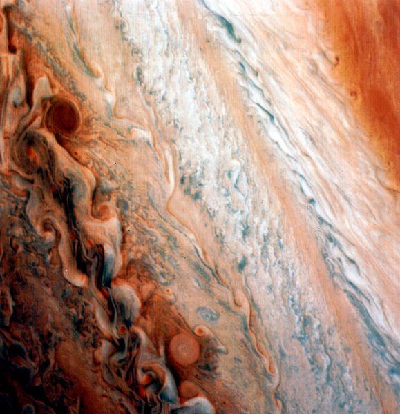 Атмосфера Юпитера. Снимок сделан зондом «Вояджер-1» в 1979 году.