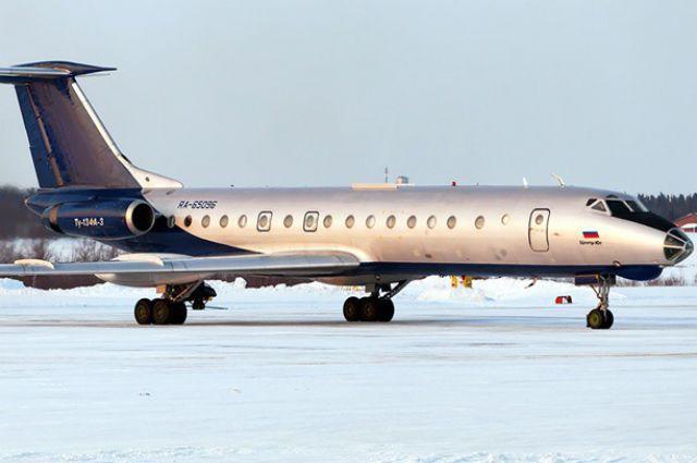Из-за трех нетрезвых пассажиров пилотам пришлось развернуть самолет.
