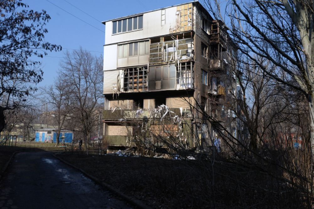 «В отдельных случаях для пресечения этих провокаций ополчение ДНР вело точечный огонь на подавление. В целом же в соответствии с приказом главы ДНР все наши подразделения воздерживаются от ответных действий на мелкие провокации», — сказал Басурин.