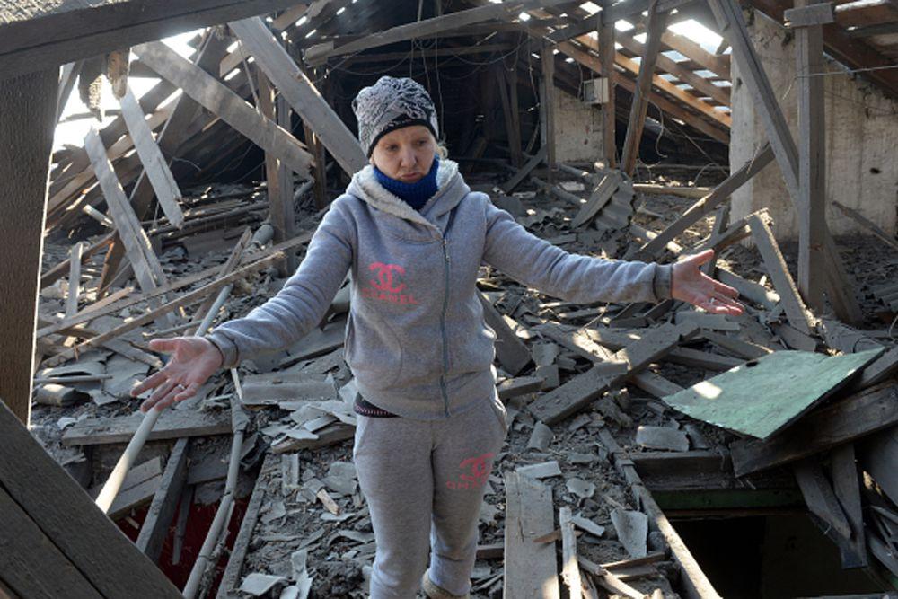 Ранее Басурин заявил, что ночью и утром в воскресенье украинские силовики вели «провоцирующий огонь» по позициям ДНР из стрелкового оружия и минометов.