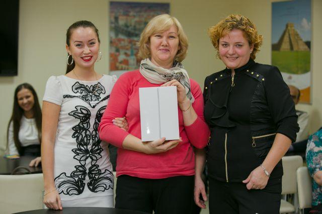 Победителям - семье Шакировых - достался планшет