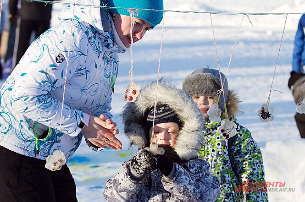 Недавно у новосибирцев была прекрасная возможность пофантазировать о том, чем можно заниматься холодной зимой. Итак, зимой можно...