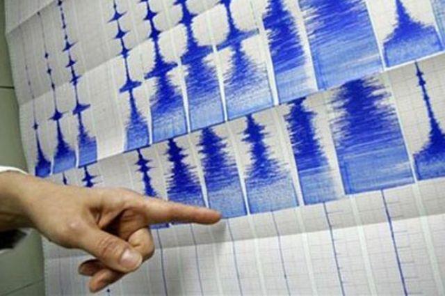 Землетрясение мгновенно отражается на самописцах.