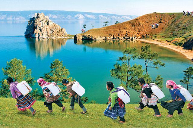 Если всё человечество будет пить байкальскую воду по полтора литра в день, то её хватит на шесть тысяч лет.