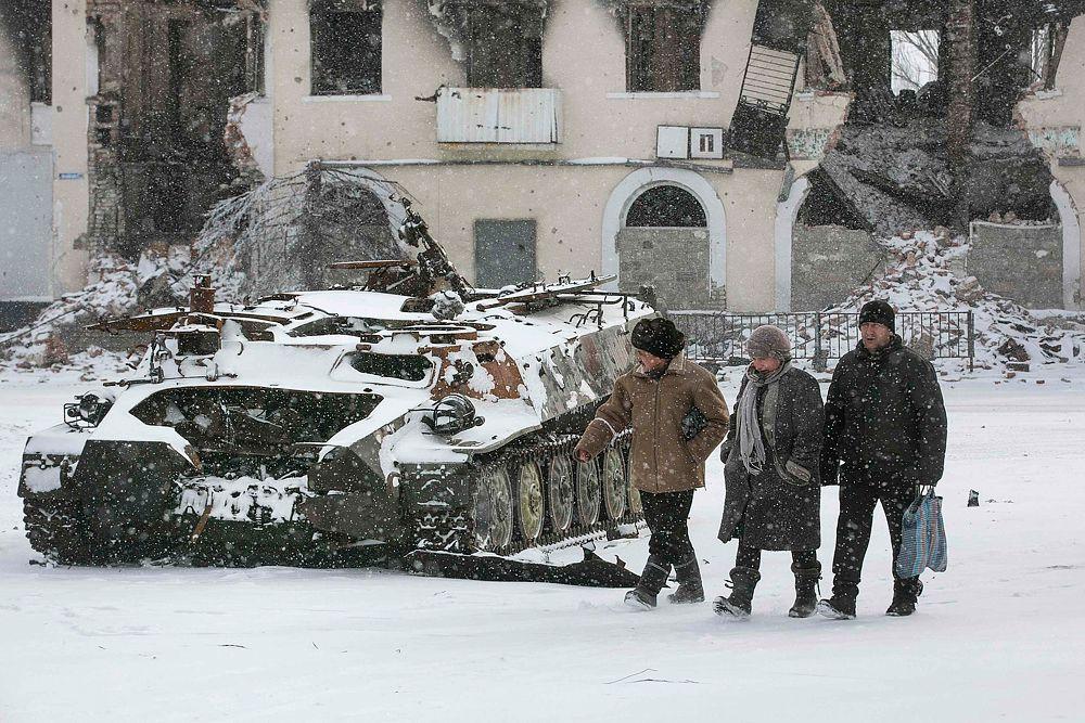 Мирные жители в Углегорске.