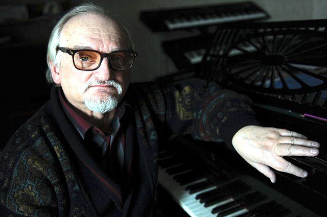 Геннадий Гладков.