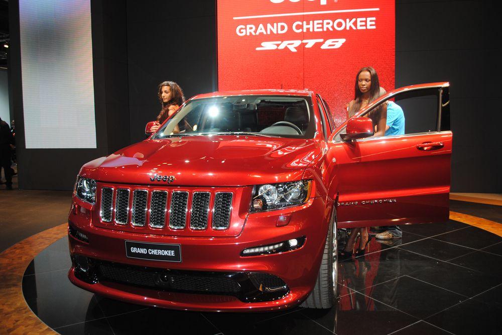 Jeep Grand Cherokee (14,1 л/100 км).