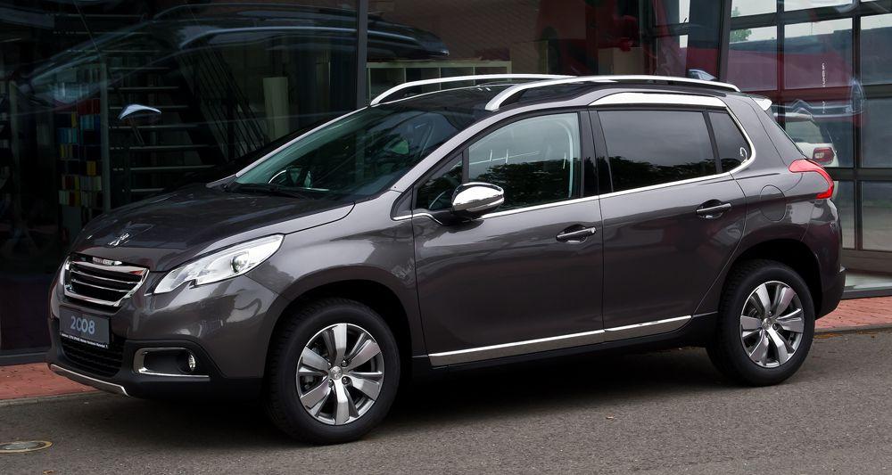 Кроме того, в пятерку самых экономичных кроссоверов попали Peugeot 2008 (расход 4 л/100 км).