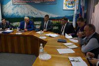 аместитель Главы администрации Петропавловска Виталий Иваненко проводит совещание.