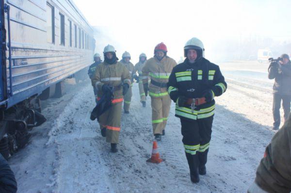 Пожарным нужно было потушить пламя...
