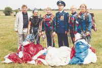 На счету  Александра Петровича более 6тыс. прыжков с парашютом.