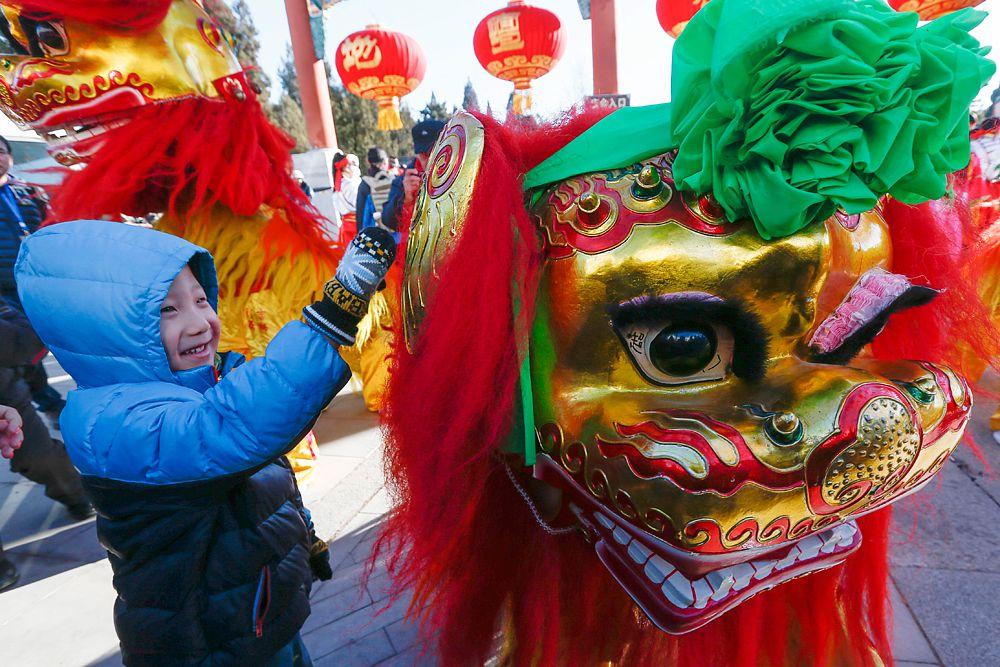 Согласно заявлению управления окружающей среды Пекина, запуск фейерверков в новогоднюю ночь может привести к трехдневному «критическому» уровню загрязнения воздуха.