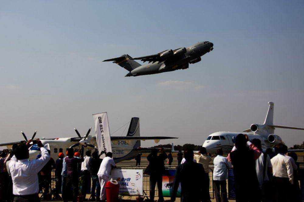 Самолет ВВС США C-17 Globalmaster.