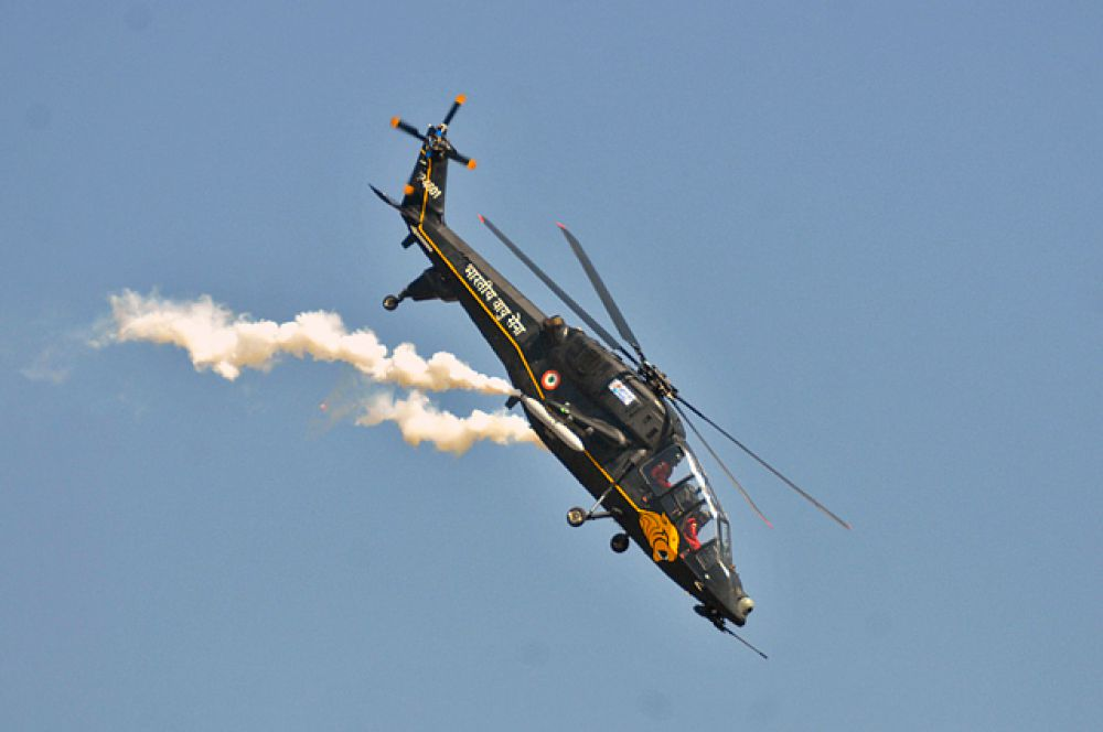 Легкий вертолет ВВС Индии.