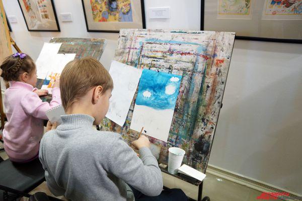 Вырученные средства пойдут на профессиональную и творческую реализацию детей и молодежи с инвалидностью.