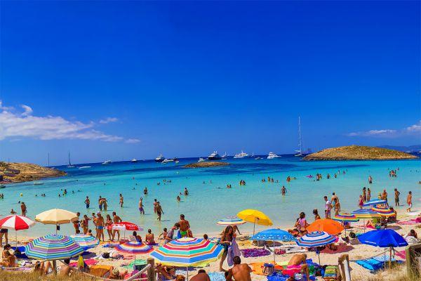 5. Playa de Ses Illetes, Фoрментера, Испания.