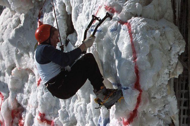 Омичи будут соревноваться в ледолазании.