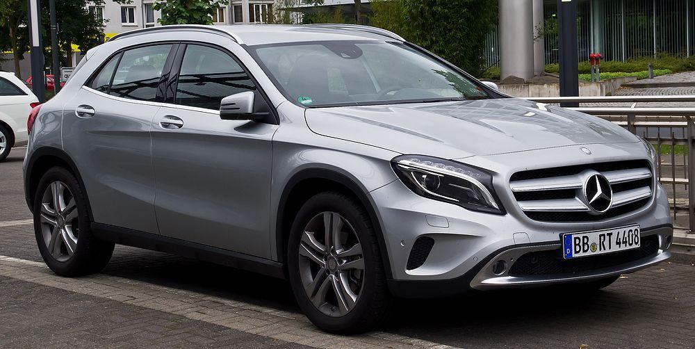 Mercedes-Benz GLA 200 (4,5 л/100 км). Отметим, что речь во всех указанных случаях идет о дизельных версиях моделей.