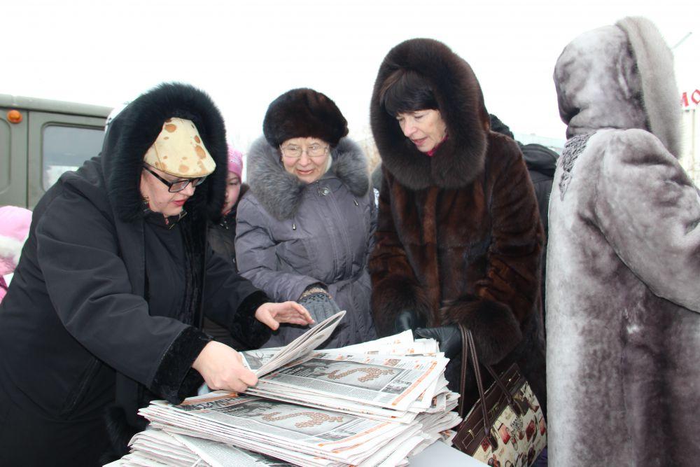 """Главный редактор """"АиФ в Ульяновске Вера Матвеева вниманием читателей обделена не была."""