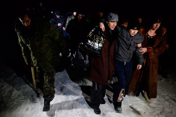 Военнопленные ДНР и ЛНР во время процедуры обмена.
