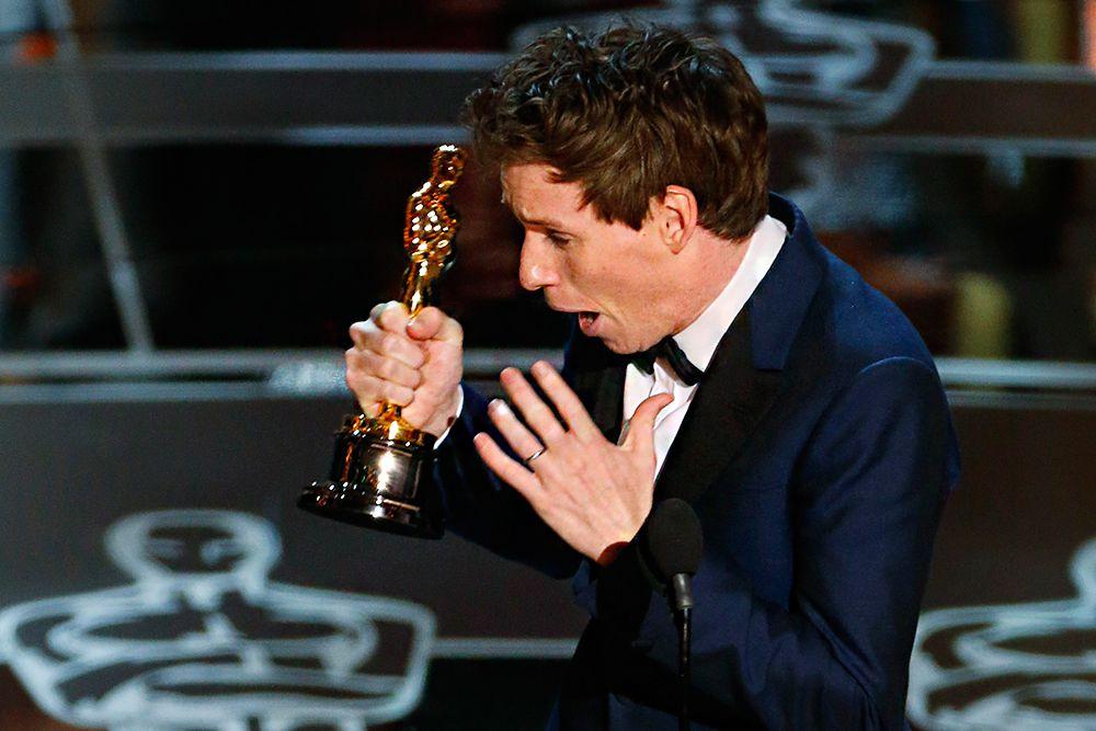 Лучшим актером года стал Эдди Редмэйн («Вселенная Стивена Хокинга»).