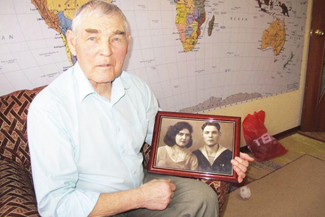 55-летие законного брака отметили супруги Швановы.
