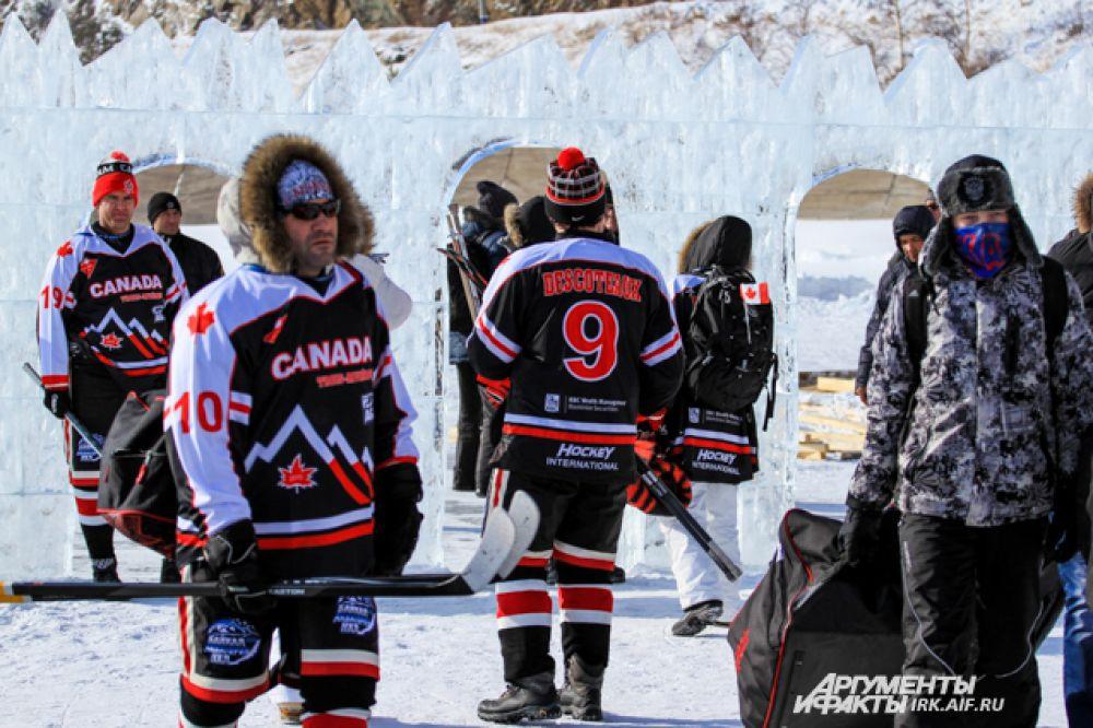 Монреальская любительская команда «Труа-Ривьер» впервые попала на Байкал.
