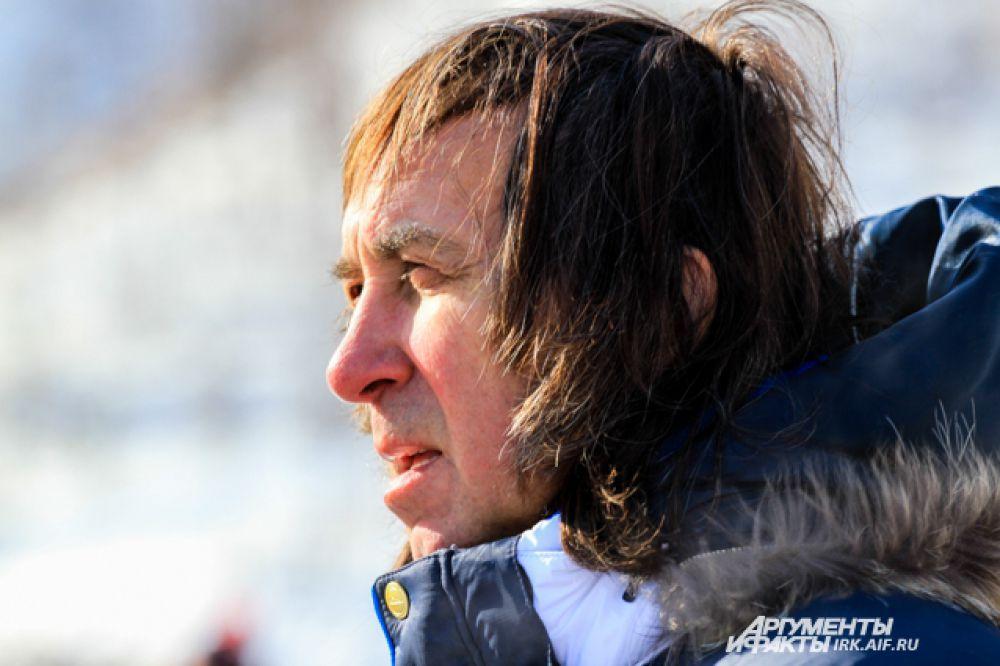 Среди известных личностей был замечен актер и каскадер Александр Иншаков.